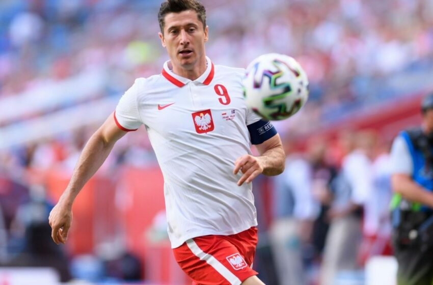 Lewandowski zaoferowany klubowi z Paryża